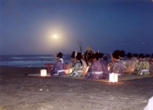 月見の宴 月と演奏者